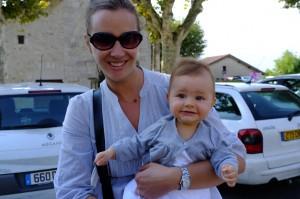 Emilie et Clara bapteme de Clara Aout 2013